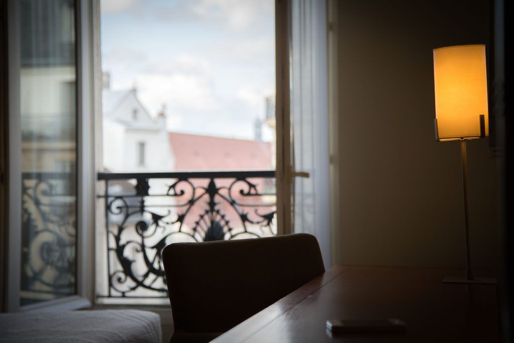 bureau chambre vue 1